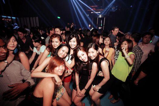 Singapur gece hayatı, eğlence hayatı ve geceleri
